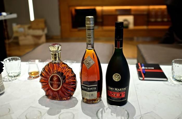 Remy Martin là hãng sản xuất rượu nổi tiếng với các phương pháp chưng cất  cổ điển.
