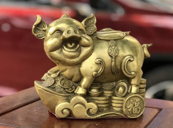 """Tượng """"Lợn vàng may mắn"""" - linh vật của năm 2019 sẽ thay cho lời chúc cuộc sống sung túc, đầy đủ cả năm."""